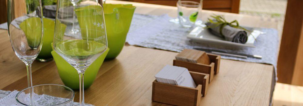 Tisch aus Wildeiche